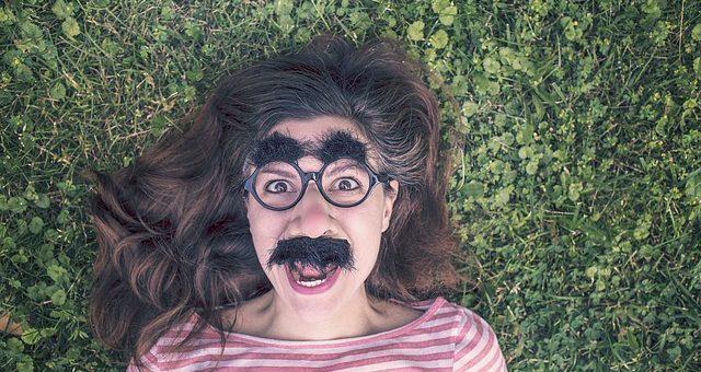 ¿Sabes cómo cuidar tu pelo en verano? Te damos unos trucos