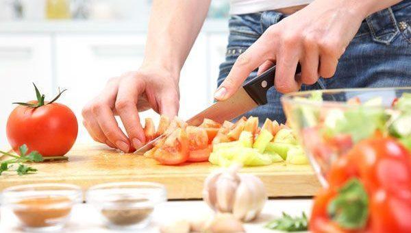 ¿Estás siguiendo una dieta milagro? Esto te interesa